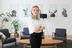 Stefanie Ometzberger Accountant Synthetic Data Company