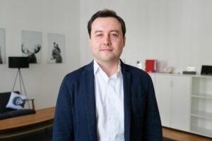 Andreas Ponikiewicz VP Global Sales Synthetic Data Company